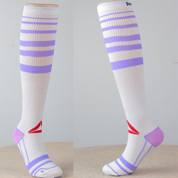 Compression Socks Graduated for Performance and Recovery
