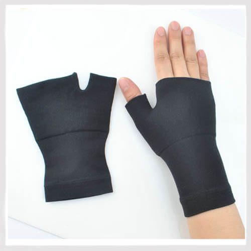 compression gloves for swelling